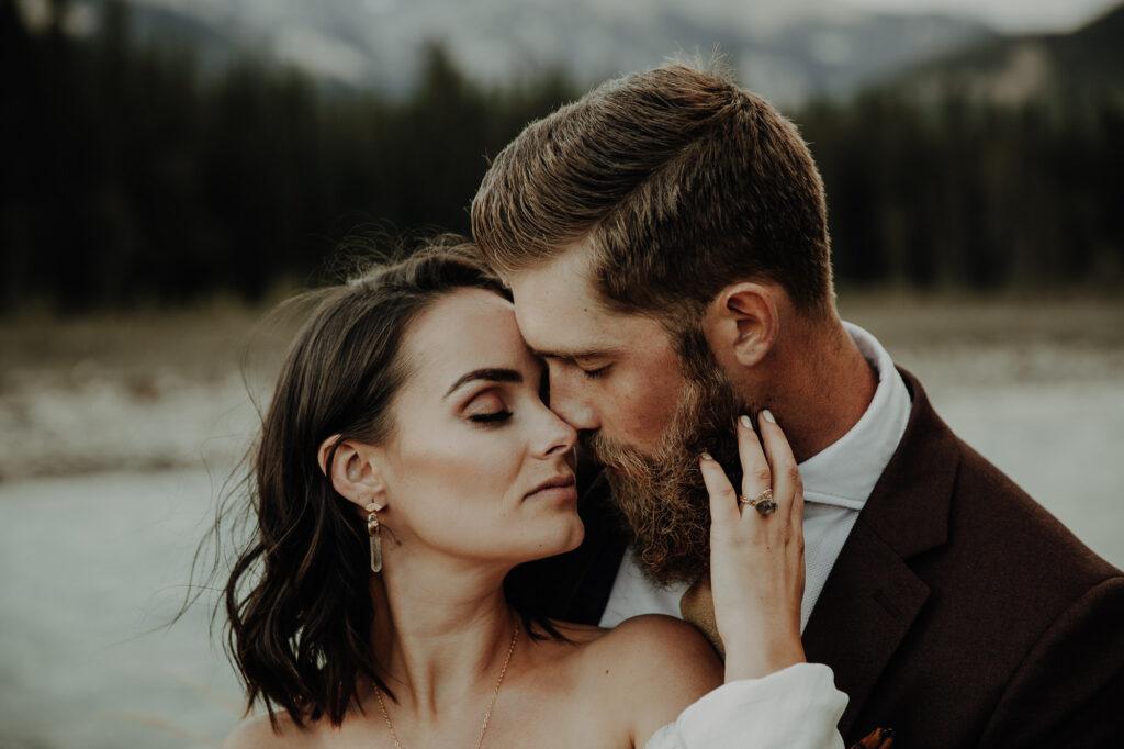 Un elopement romantique à Banff, Alberta 8