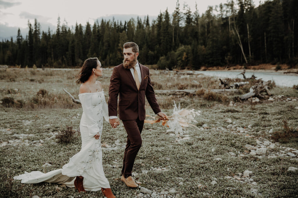 Romantic elopement in the mountains of Banff, Alberta 9